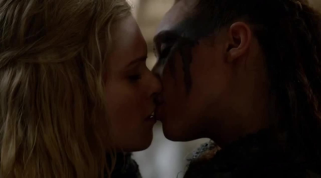 Clarke et Lexa